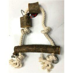 צעצוע לתוכי נדנדה משולשת מעץ טבעי ,